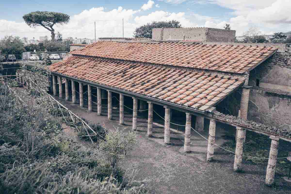 Pompeii Archaeological Park: The warren of rooms and courtyards of the Villa of the Mysteries.