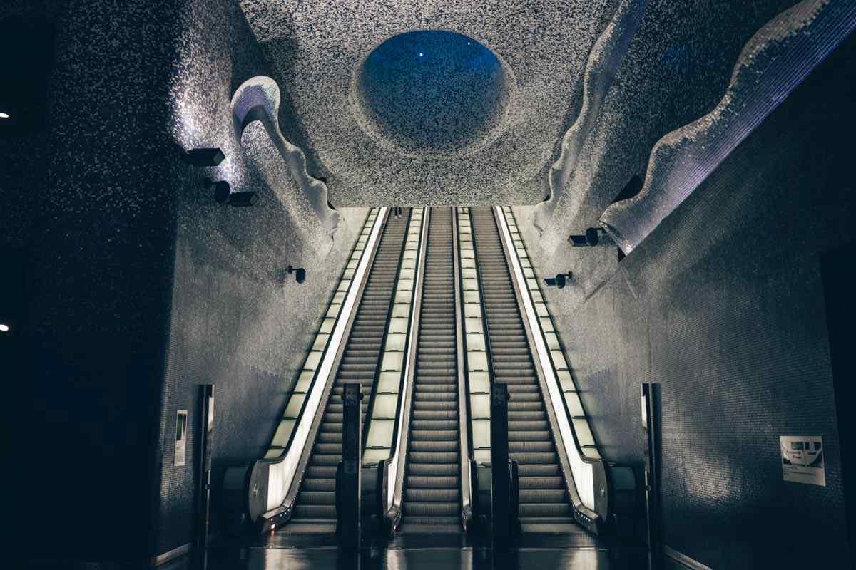 Naples Metro: Magnificent blue mosaic tiles of the splendid Toledo Station