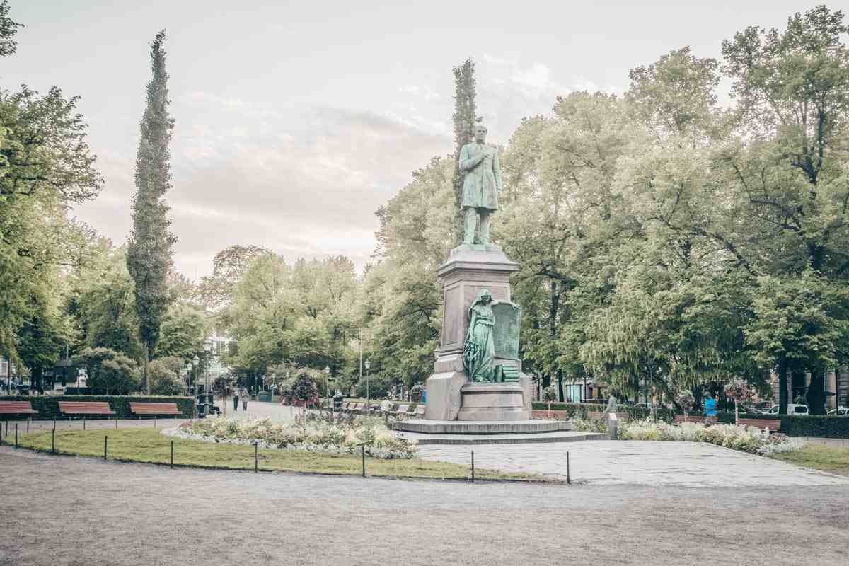 Things to do in Helsinki: Esplanadi Park (Espa) in central Helsinki