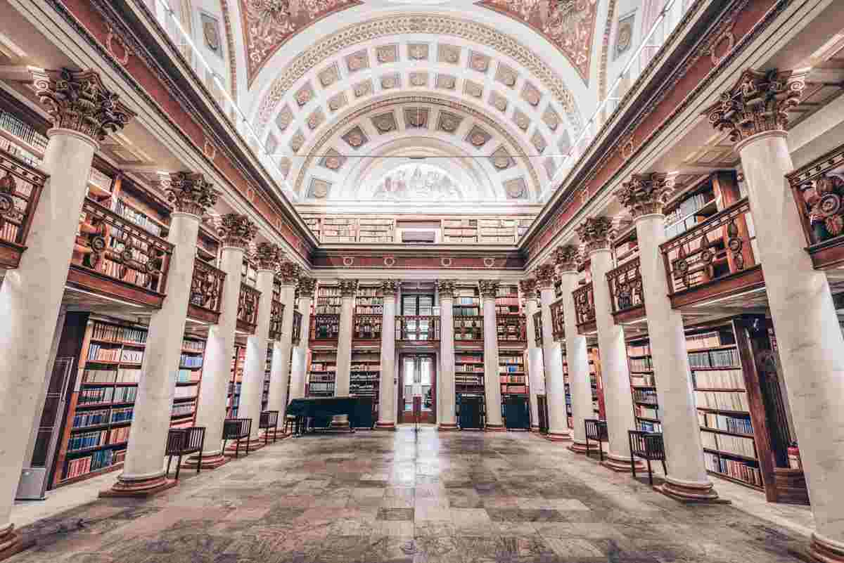 Helsinki National Library of Finland: Frescoed and marble-columned hall with endless shelves of tomes. PC: Juliano Galvao Gomes/shutterstock.com
