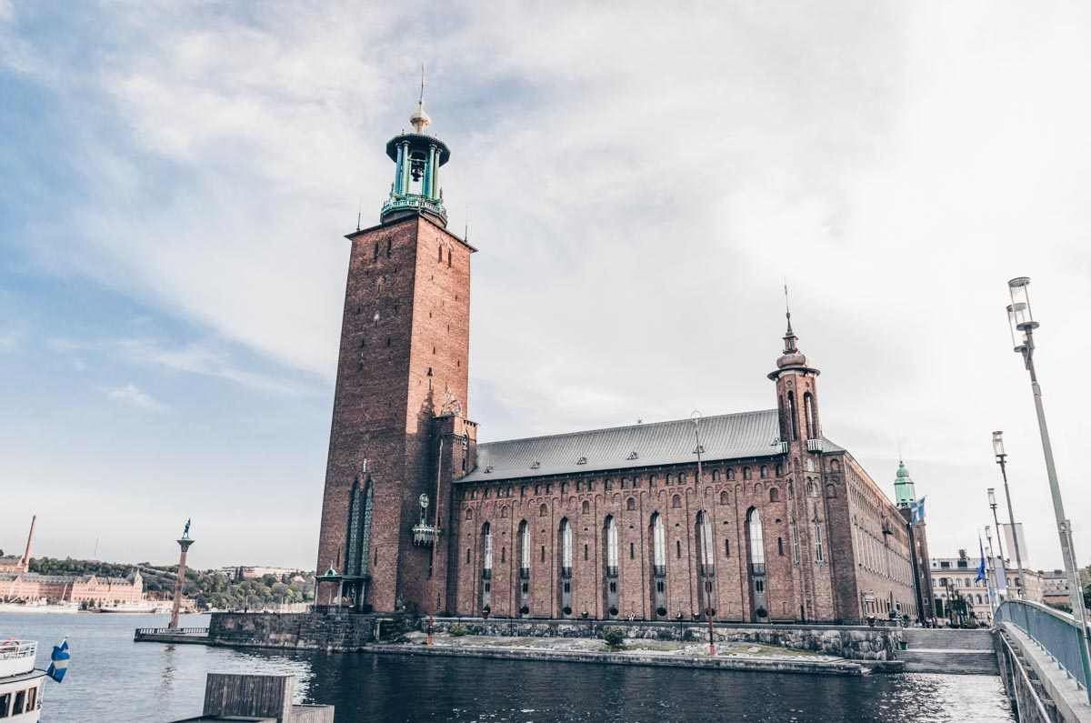 Stockholm sightseeing: Stockholm City Hall, which consists of 8 million dark red bricks.