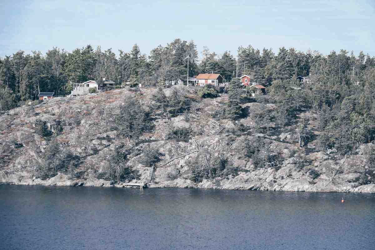 Stockholm archipelago: Cottages on a skerry in the summer