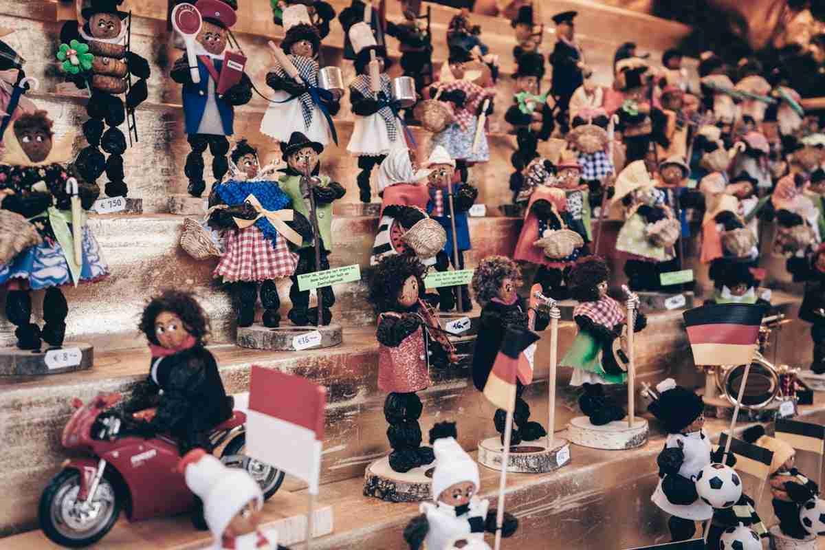 Nuremberg Christmas Market: The beloved figures of prune men (Zwetschgenmännle)