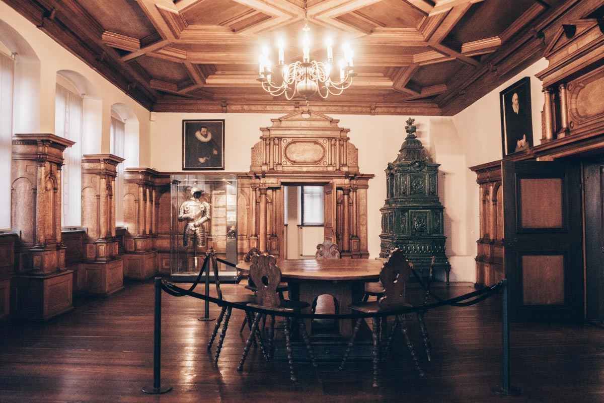 Nuremberg attractions: Original antique furnishings at the City Museum in Fembo House