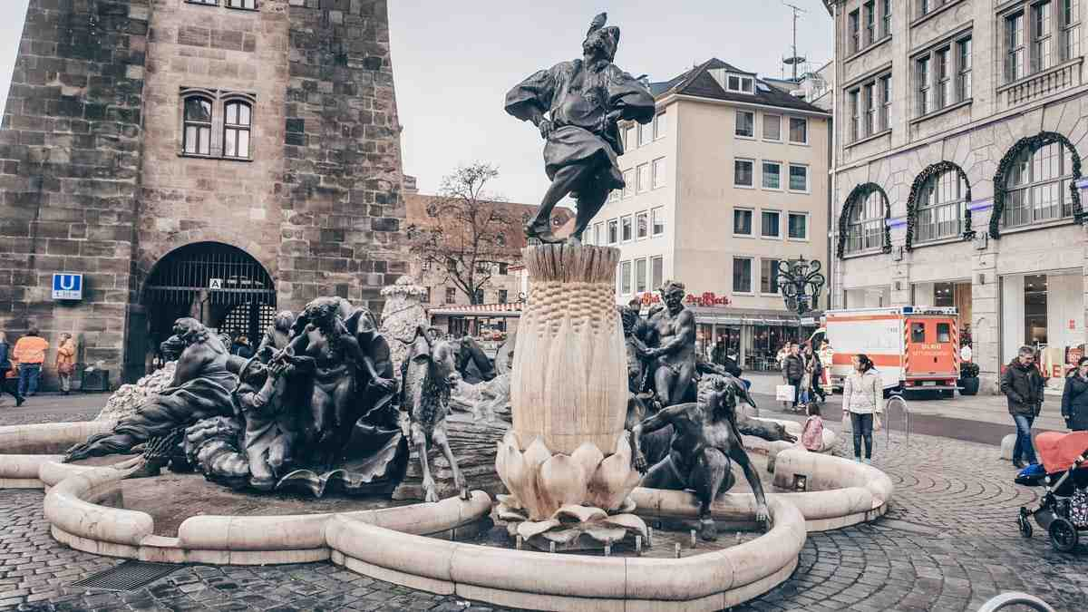 Things to do in Nuremberg: The amusing Wedding Carousel Fountain, located at the foot of the White Tower