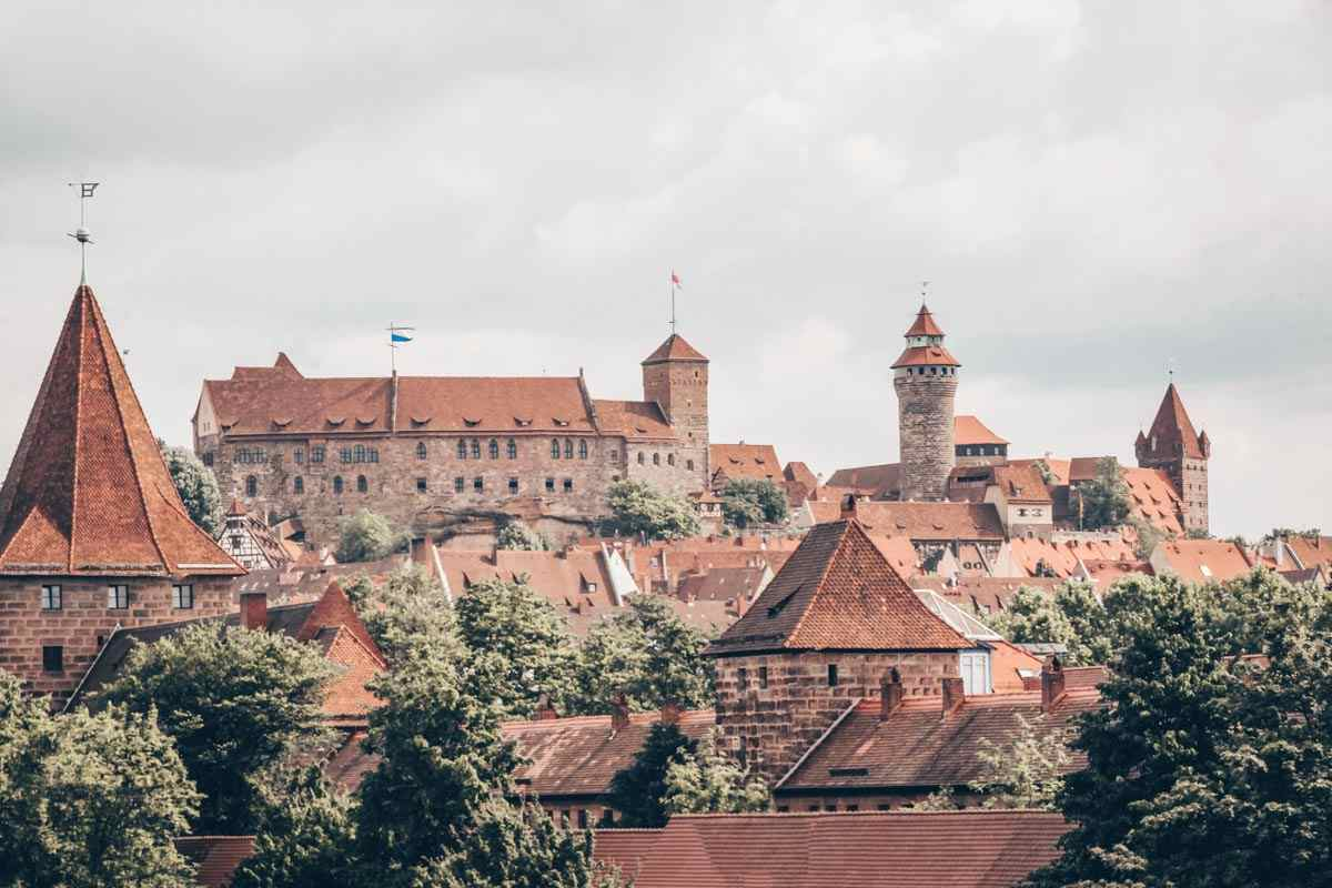 Places to visit In Nuremberg: The massive Imperial Castle, situated on a hilltop.