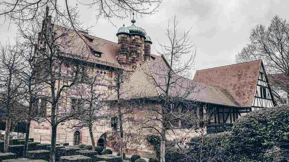 Points of interest in Nuremberg: The lovely Renaissance-style Tucher Mansion Museum