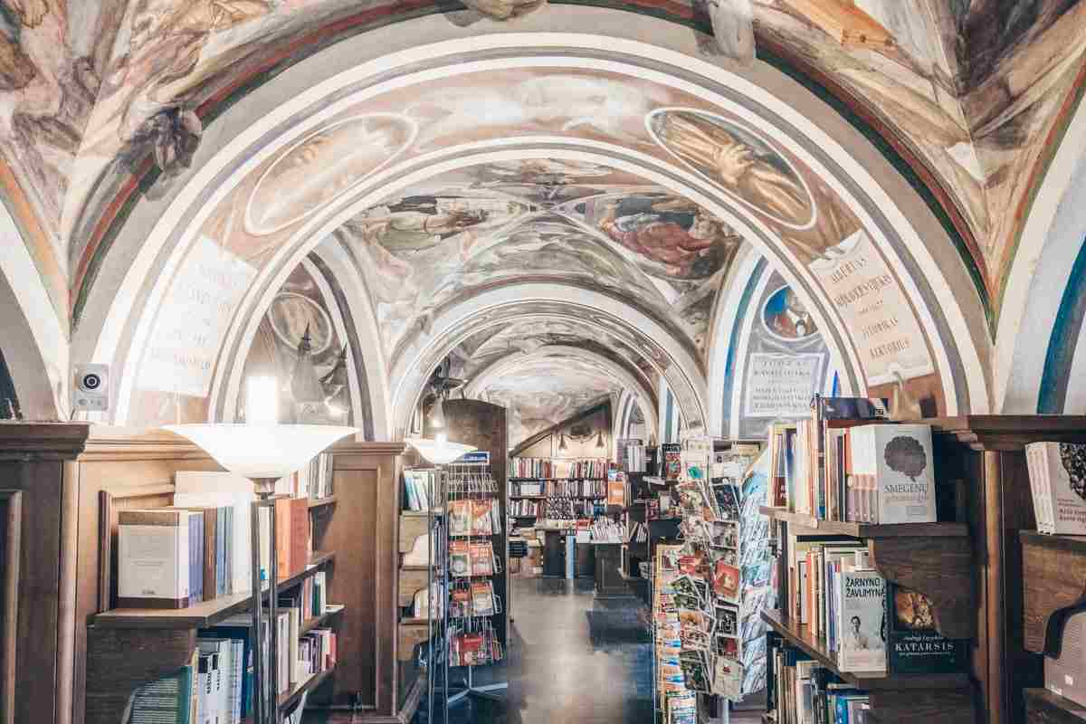 Vilnius University: Frescoes caricaturing professors and students of the Littera bookstore. PC: Chamille White/shutterstock.com