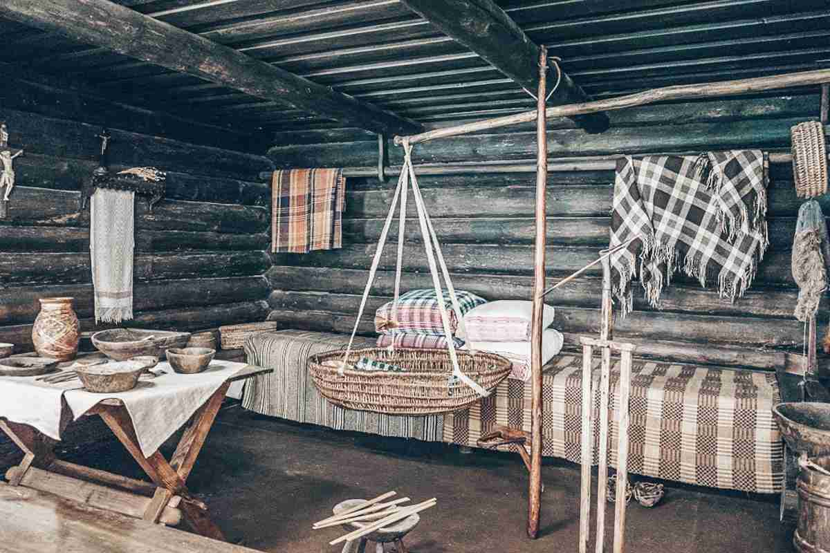 Vilnius sightseeing: Traditional Lithuanian crafts inside a recreated farmhouse at the National Museum of Lithuania