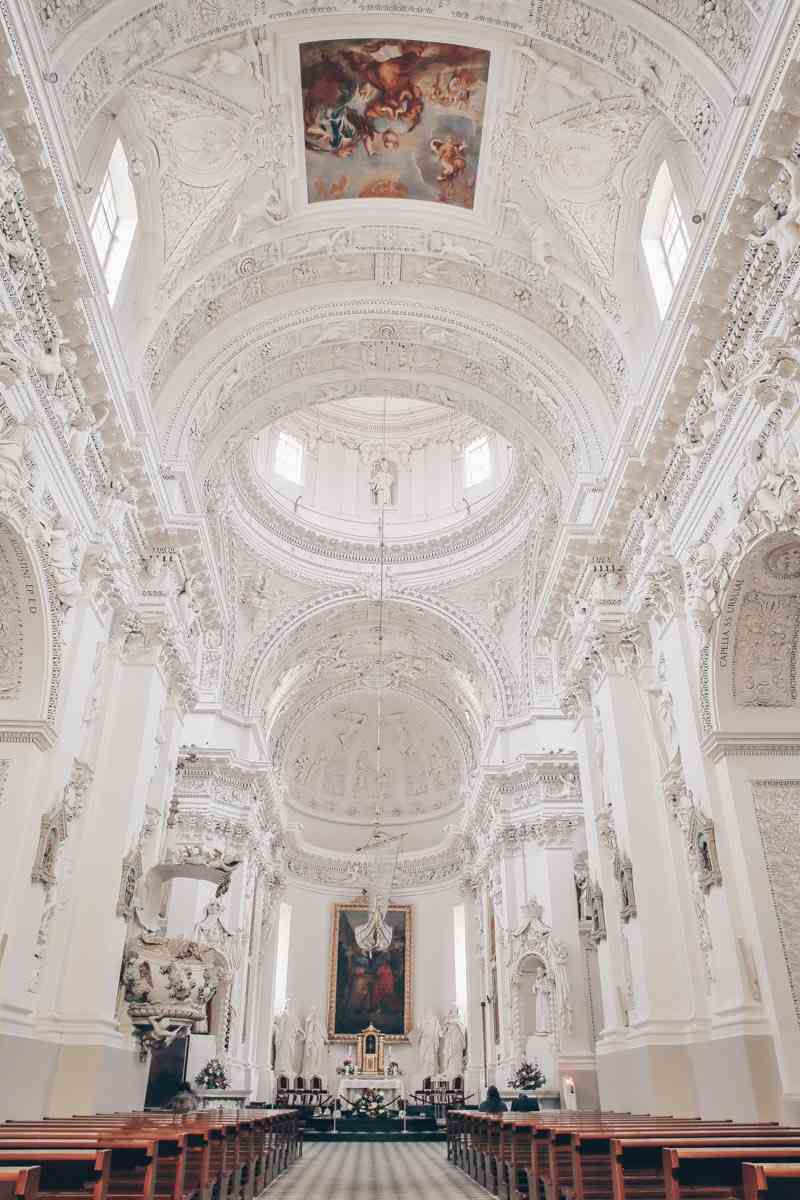 Church of Sts. Peter and Paul Vilnius: Marvelous interior featuring brilliant stucco work. PC: Christophe Cappelli/shutterstock.com
