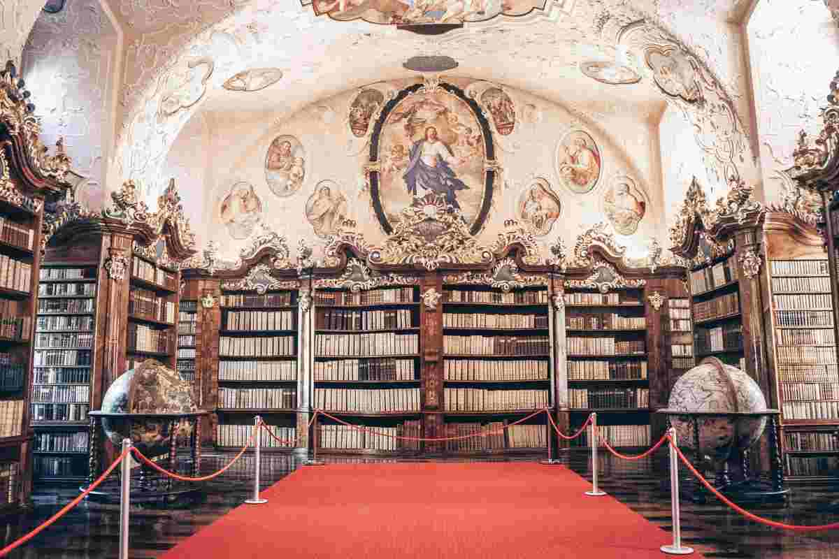 Vorau Abbey Library: Colorful ceiling frescoes, old religious books and 17th century globes