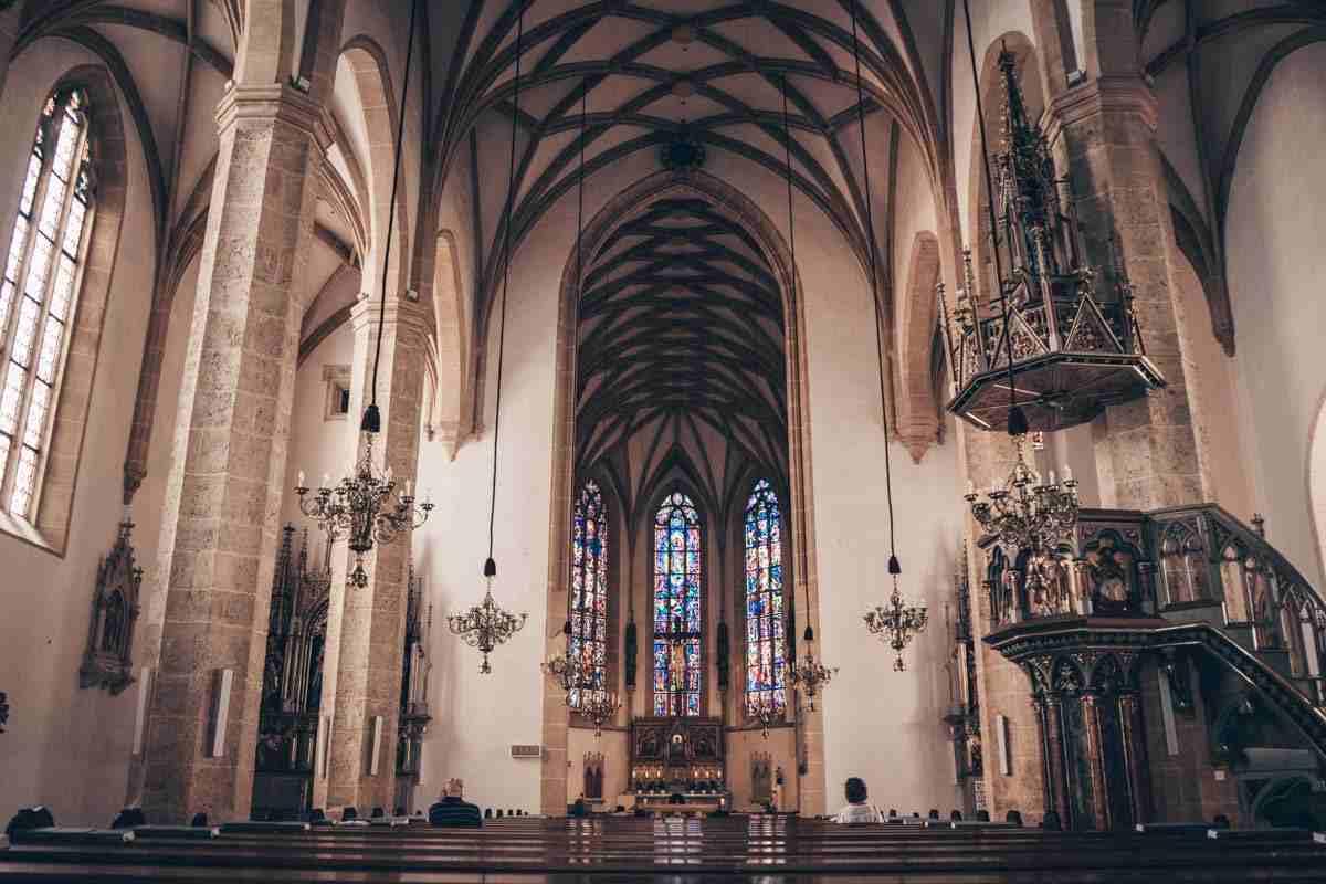 Graz churches: Beautiful interior of the City Parish Church