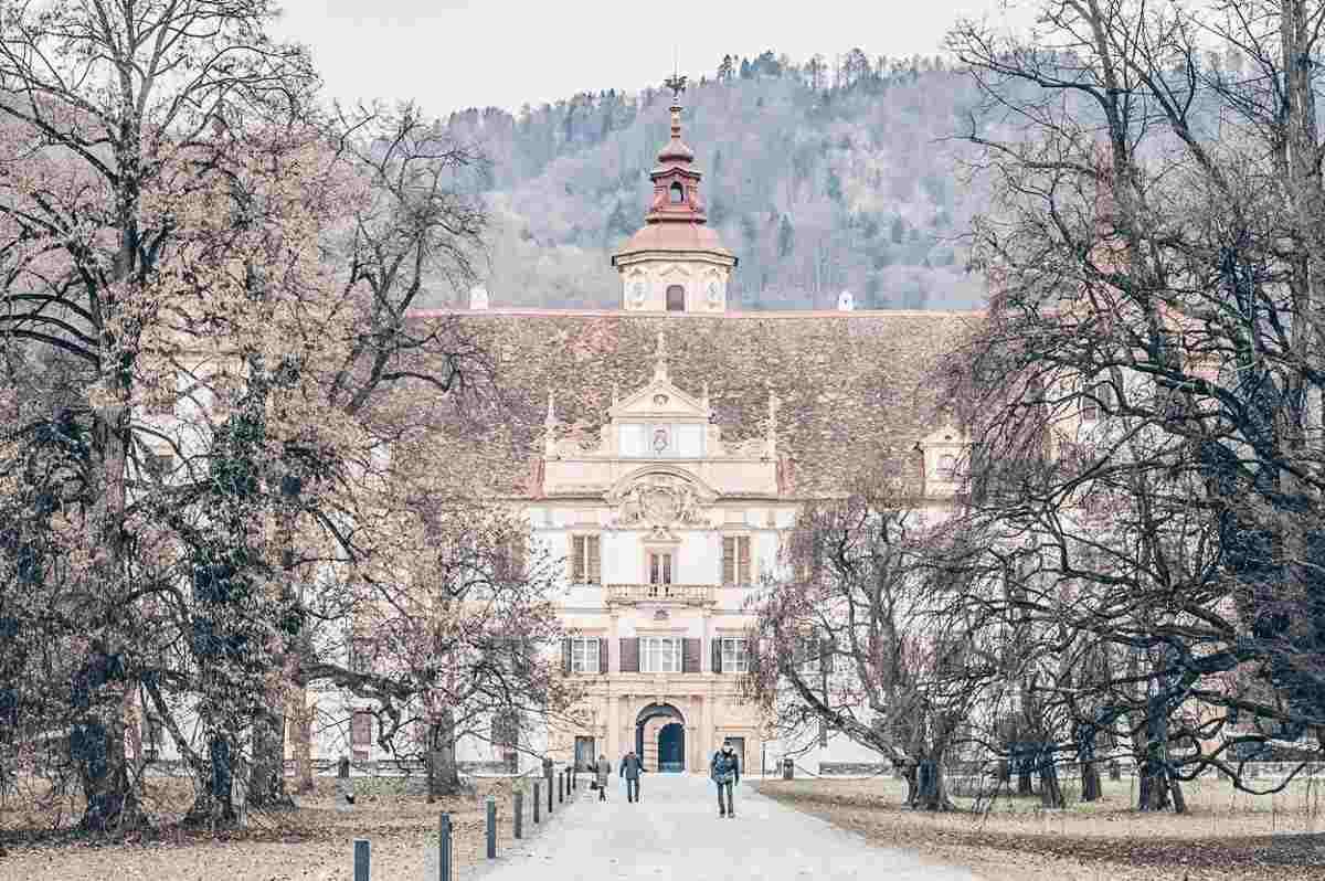Points of interest Graz: The impressive Baroque-style 17th century Eggenberg Palace
