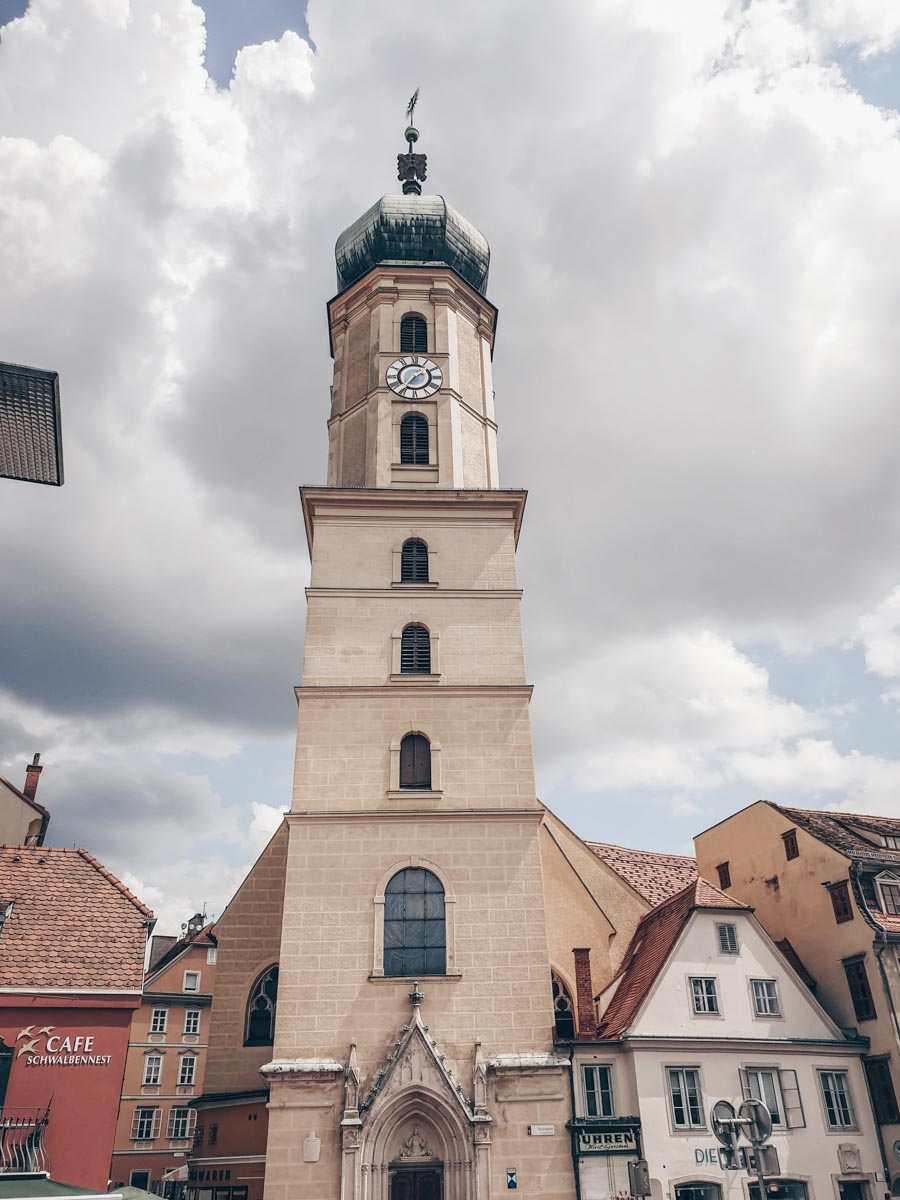 Graz churches: Exterior of the Franciscan Church