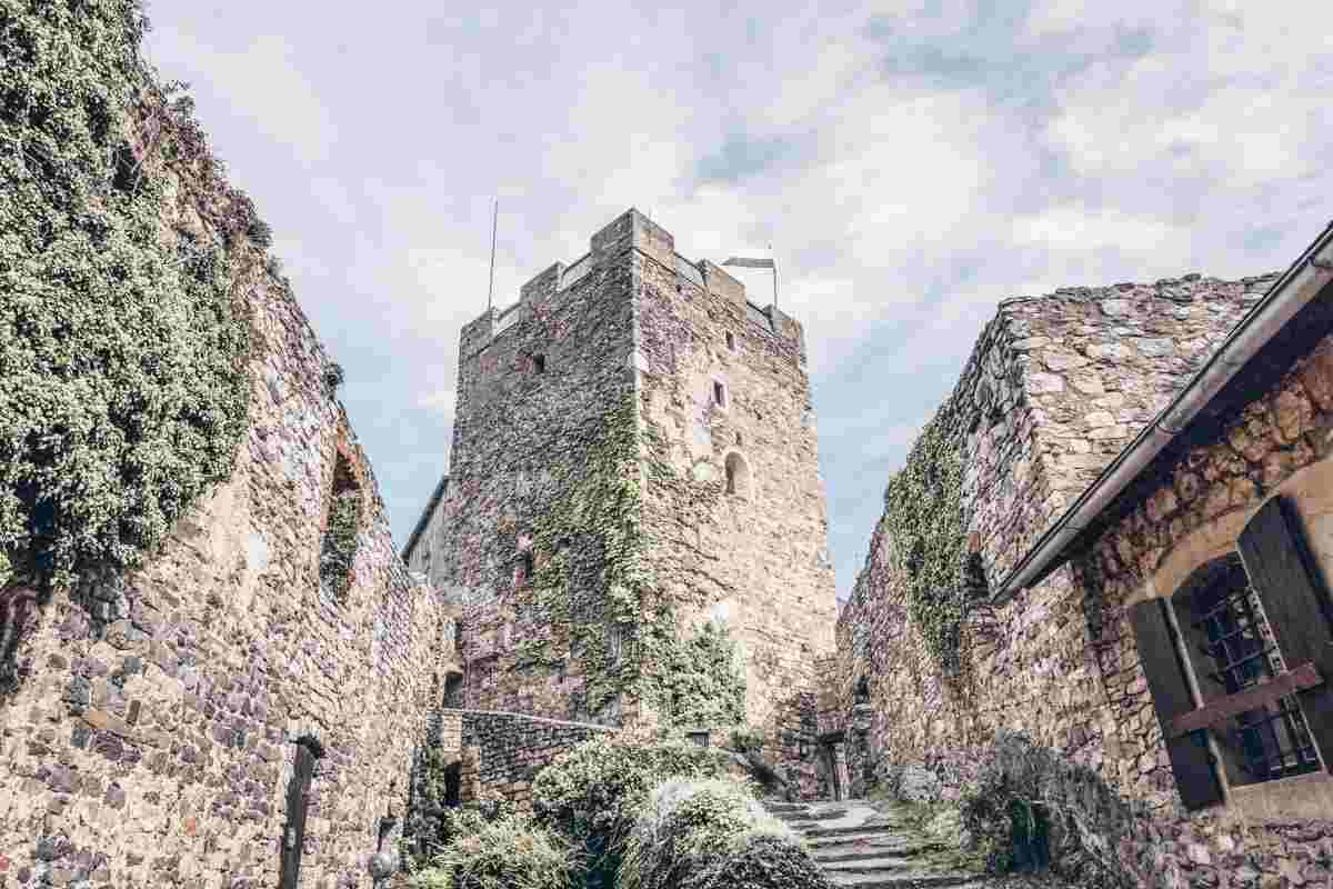Things to see in Graz: Ruins of the 11-century Gösting Castle