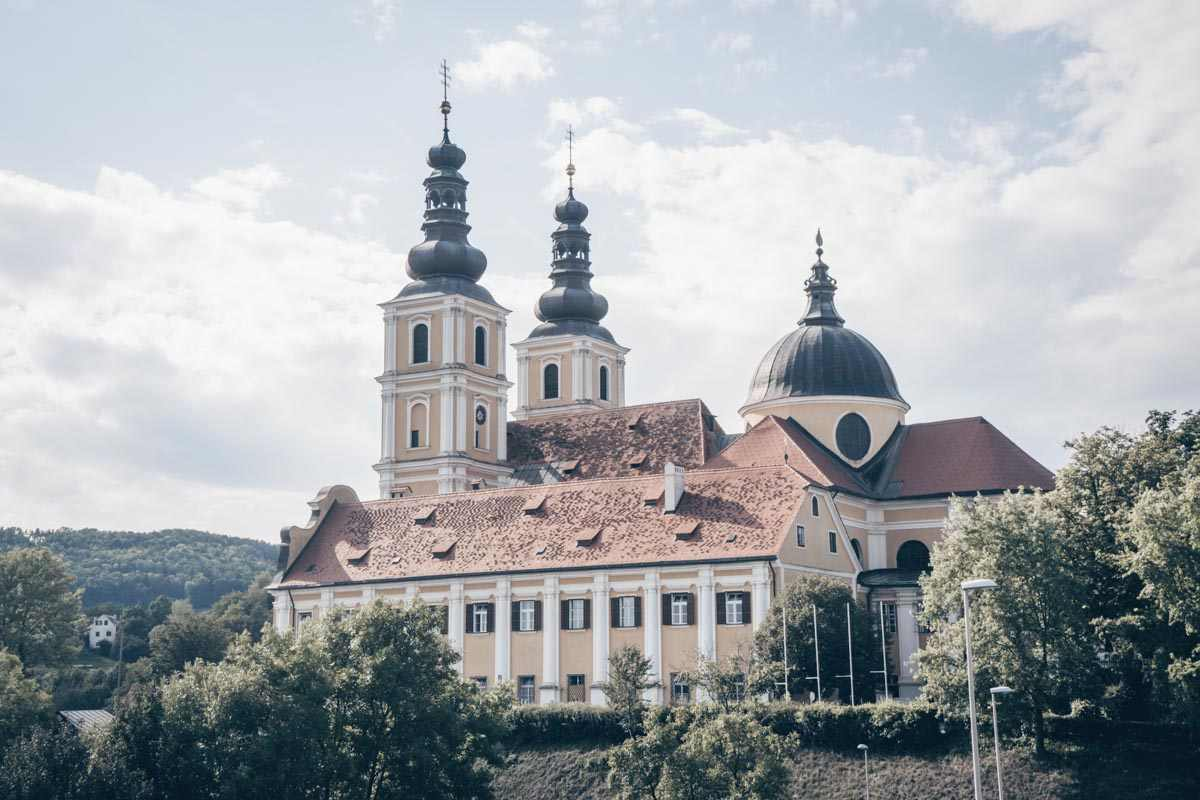 Things to do in Graz: The twin-spired Mariatrost Basilica