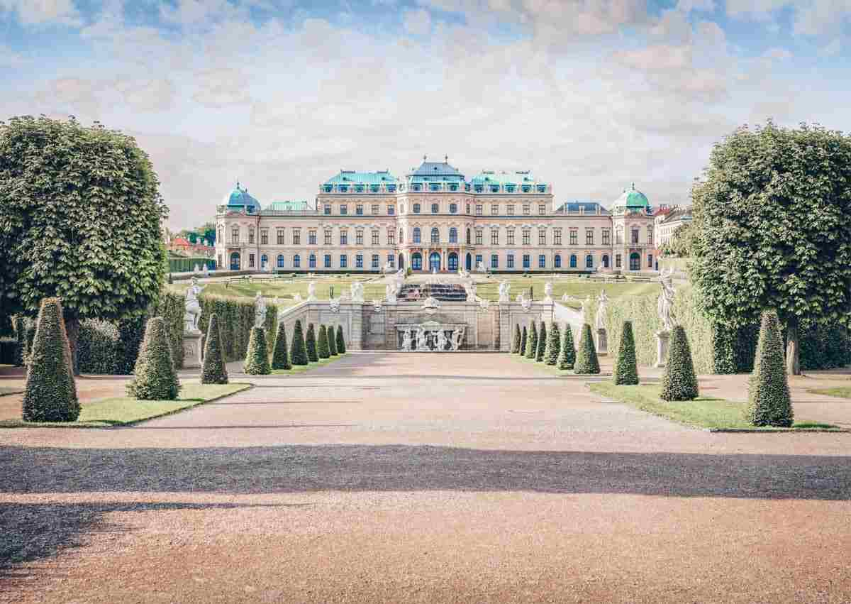 Attractive statues and topiaries of the Belvedere Palace in Vienna