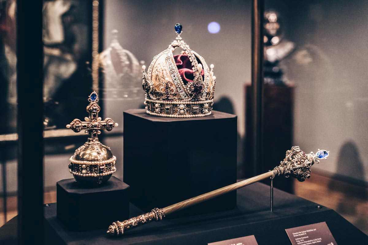 Habsburg crown jewels on display at the Hofburg Palace in Vienna. PC: Lestertair/shutterstock.com