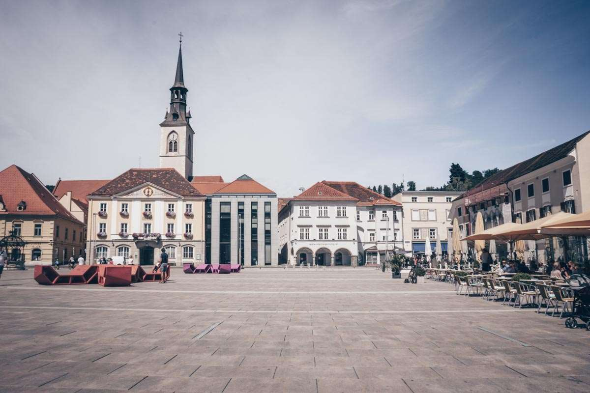 Things to see in Austria: View of the picturesque main square of Bruck an der Mur