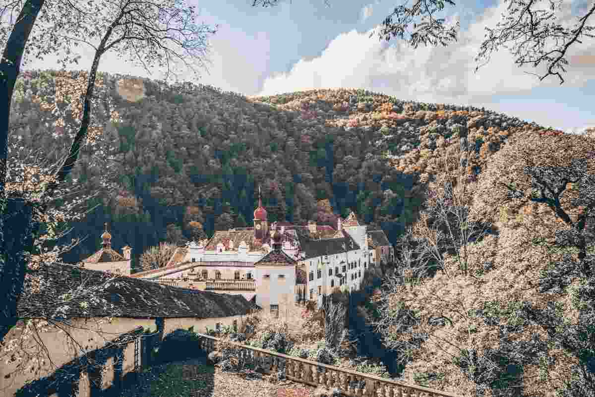 Day Trips from Graz:  Exterior of the fortified medieval Herberstein Castle in a ravine