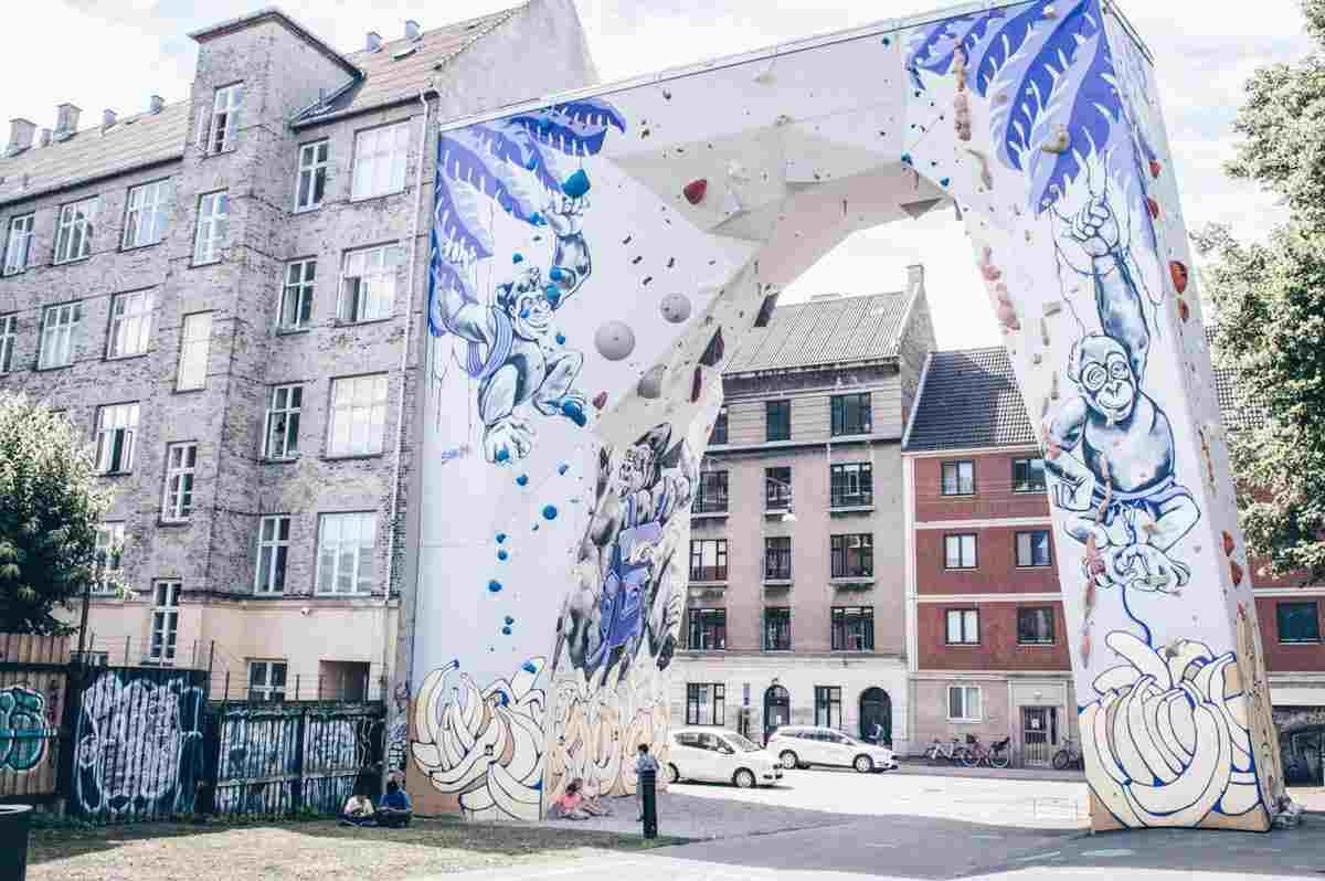 Copenhagen sightseeing: Interesting artwork on a rock-climbing wall at BaNanna Park in Copenhagen