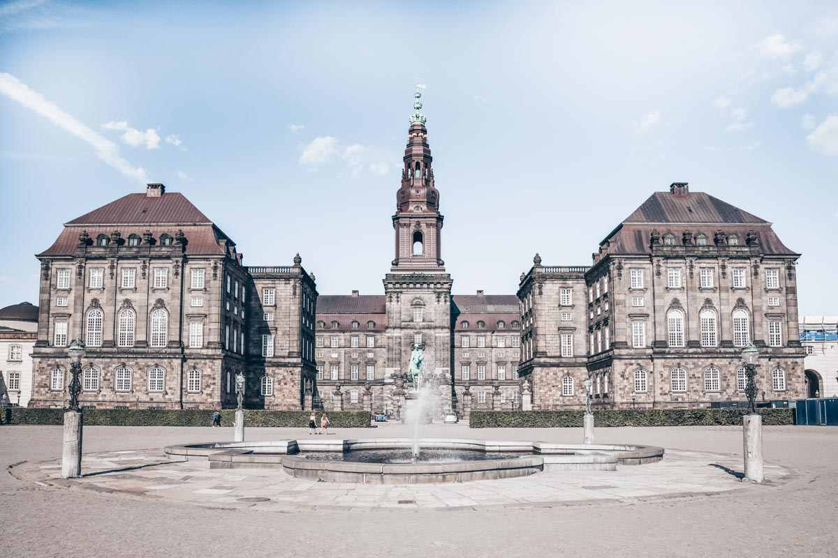 Must-see Copenhagen: Exterior of the majestic Christiansborg Palace on a sunny day