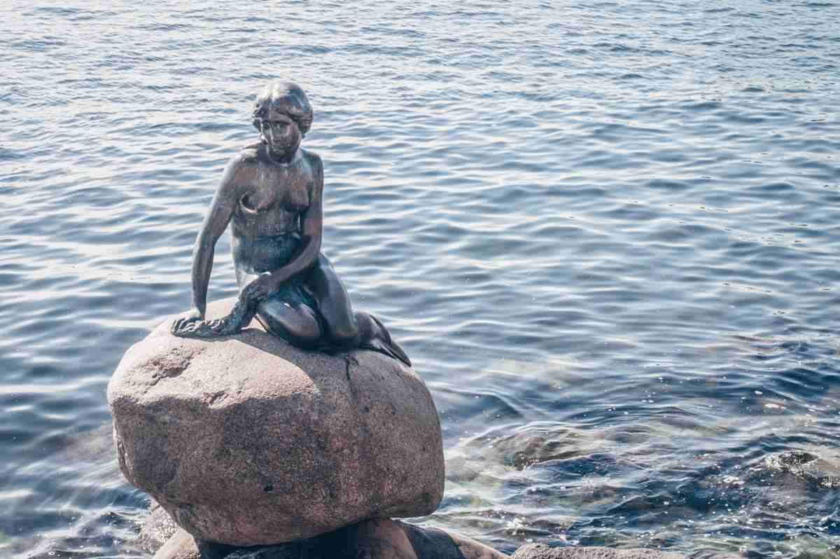 Things to see in Copenhagen: The Little Mermaid Statue on a sunny day