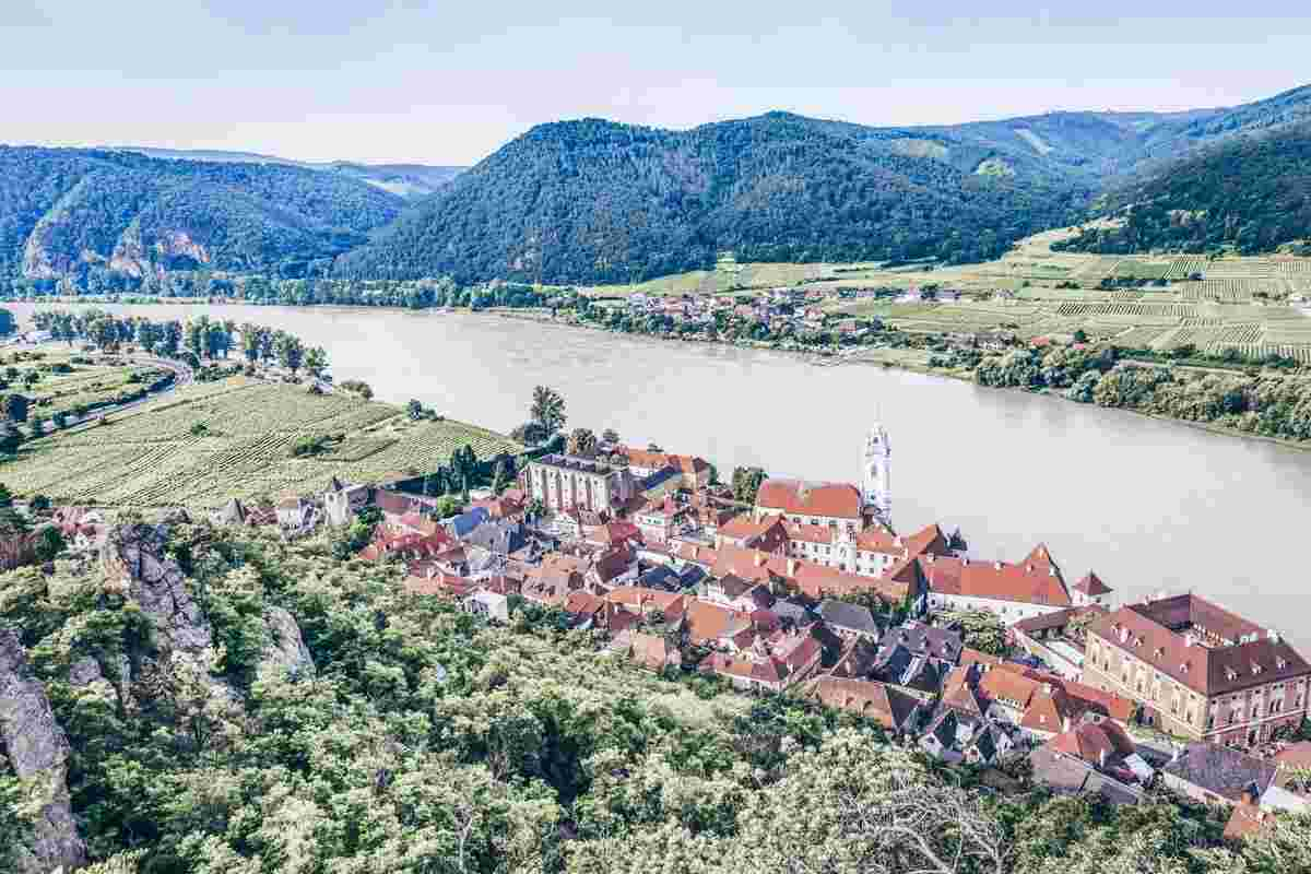 Beautiful places in Austria: Scenic panorama of the town of walled town of Dürnstein in Wachau Valley
