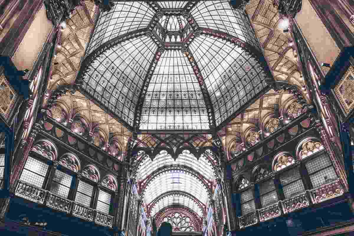 The spectacular ornate interior of the Parisian Court (Parisi Udvar). PC: Evgeniya Biriukova - Dreamstime.com