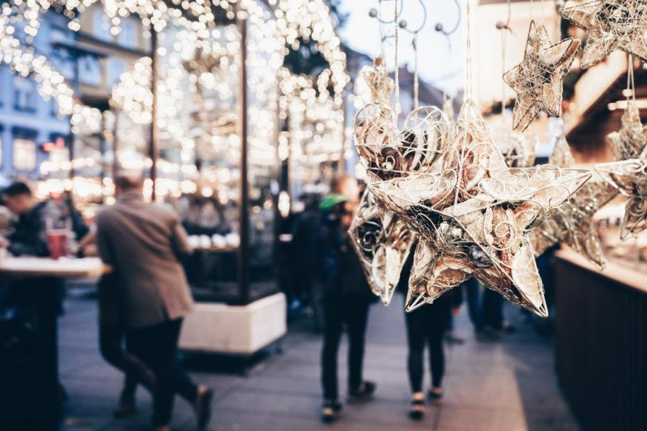 Weihnachtsschmuck in der Grazer Altstadt