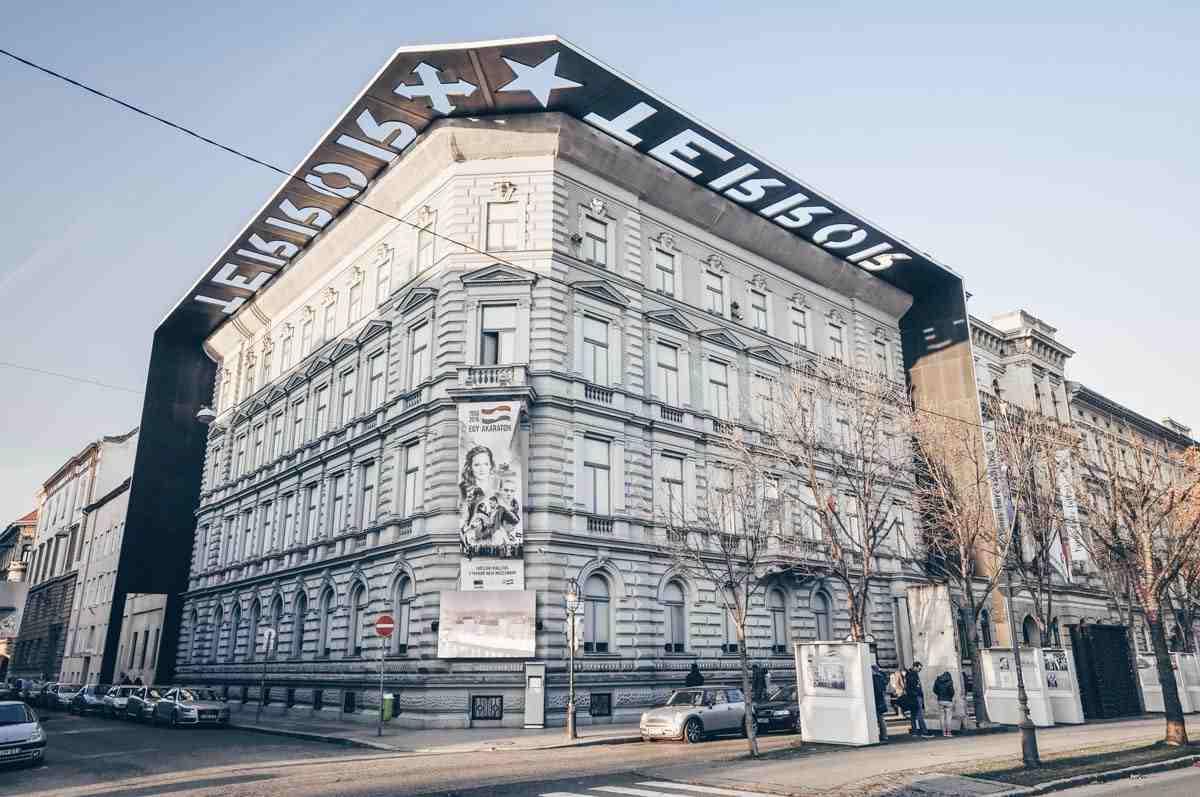 The House of Terror building in Budapest. PC: Adam Szuly/Shutterstock.com