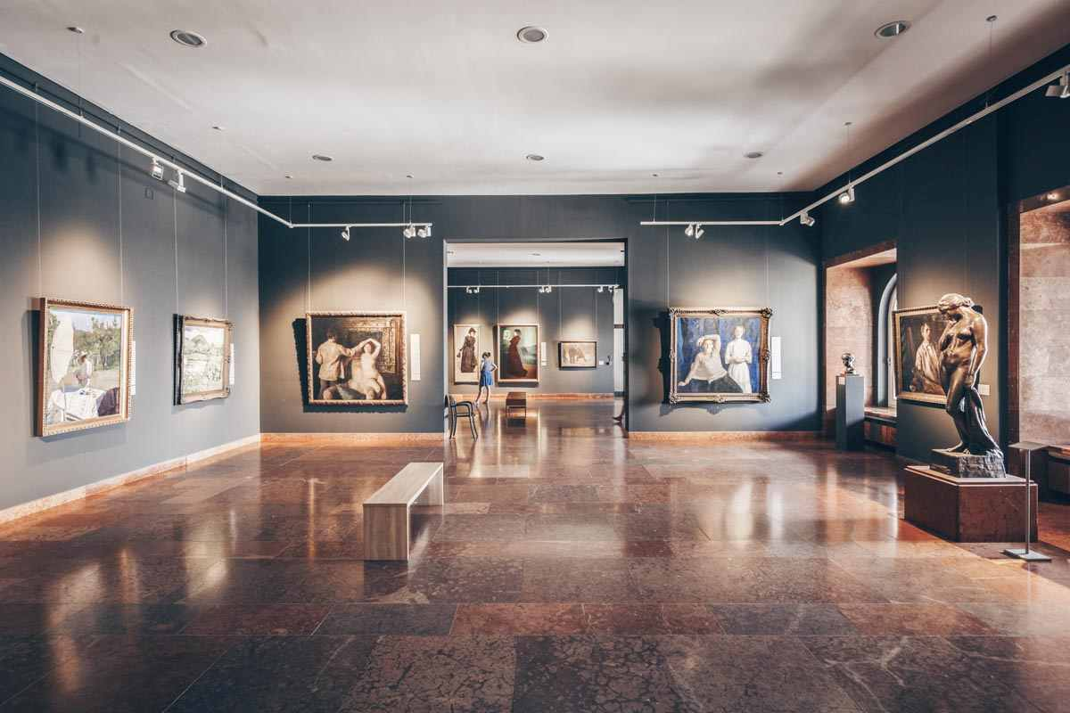 Budapest attractions: Several impressive artworks inside the Hungarian National Gallery. PC: Milan Gonda - Dreamstime.com