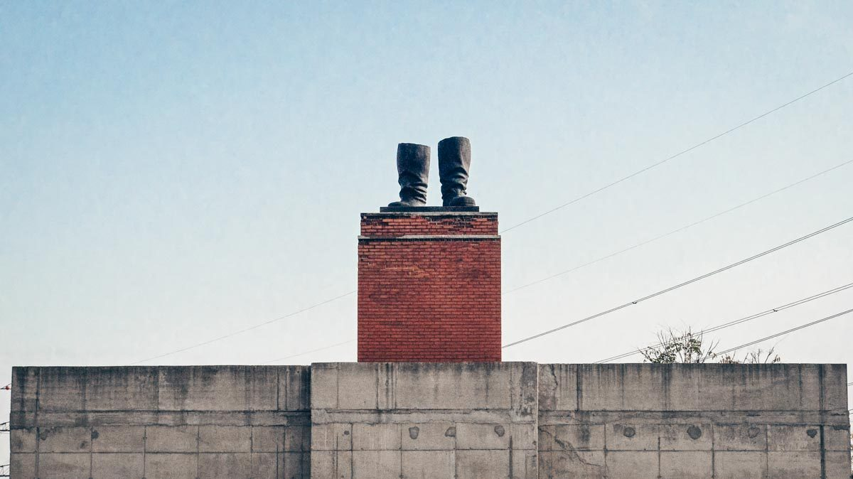 Budapest Memento Park: The giant replica of Stalin's boots