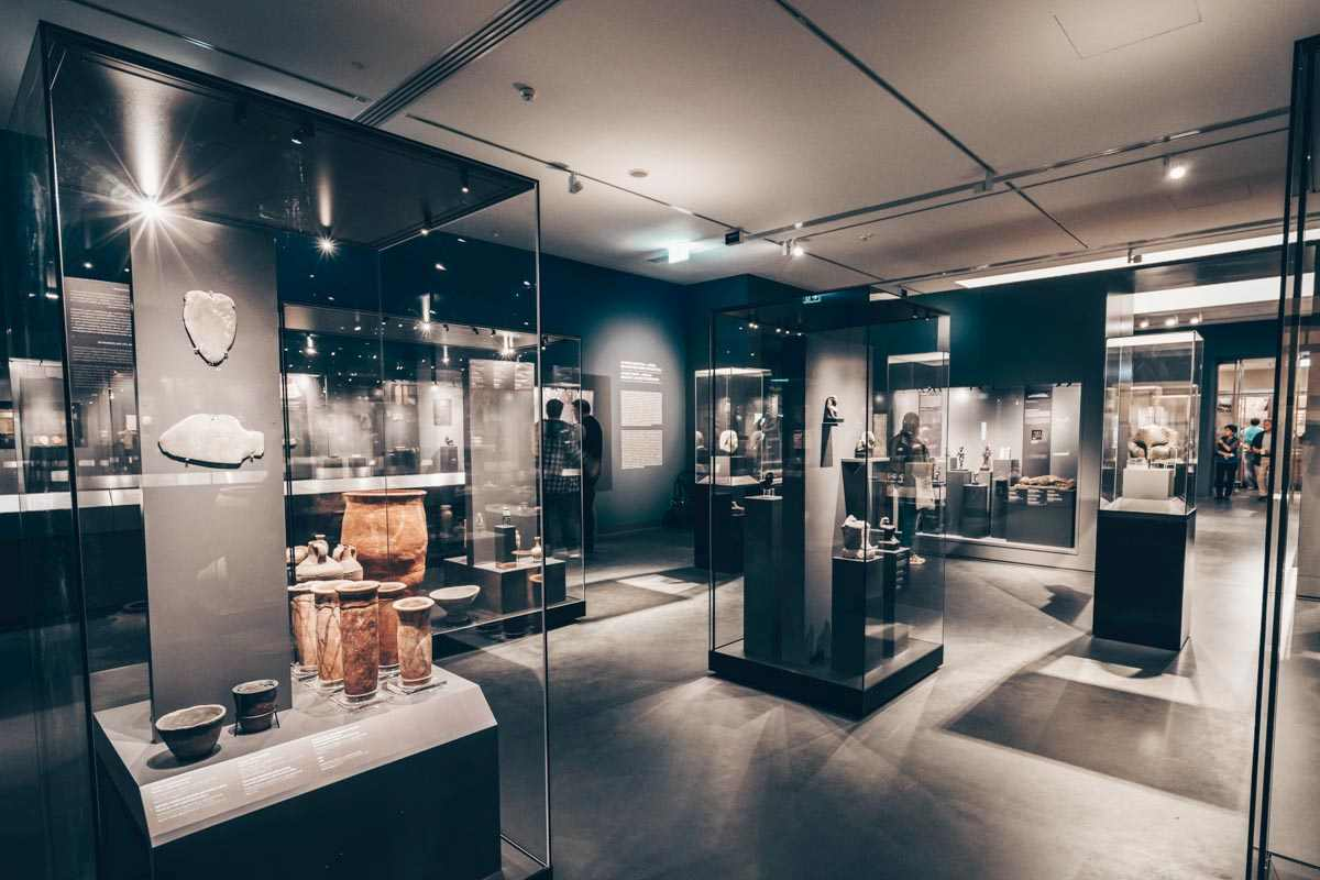 Impressive collection of ancient artifacts at the Museum of Fine Arts in Budapest. PC: Peter Csaszar - Shutterstock.com