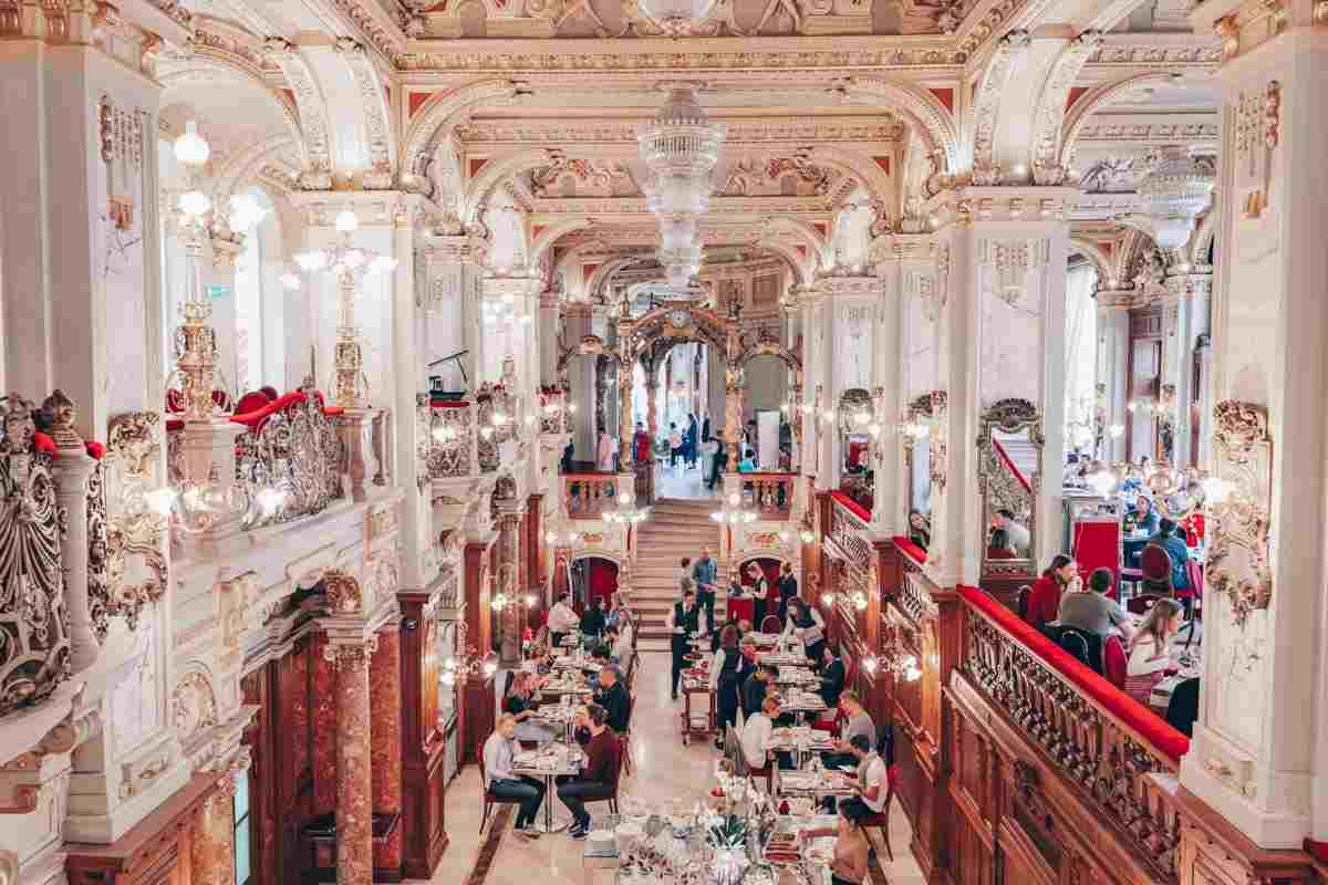 Budapest: The glittering interior of the famous New York Cafe. PC: Chon Kit Leong - Dreamstime.com