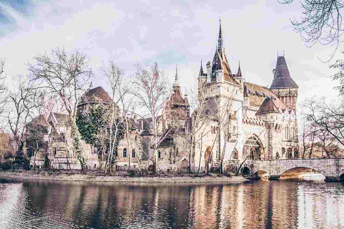 3 Days in Budapest: The fairytale-like Vajdahunyad Castle in City Park