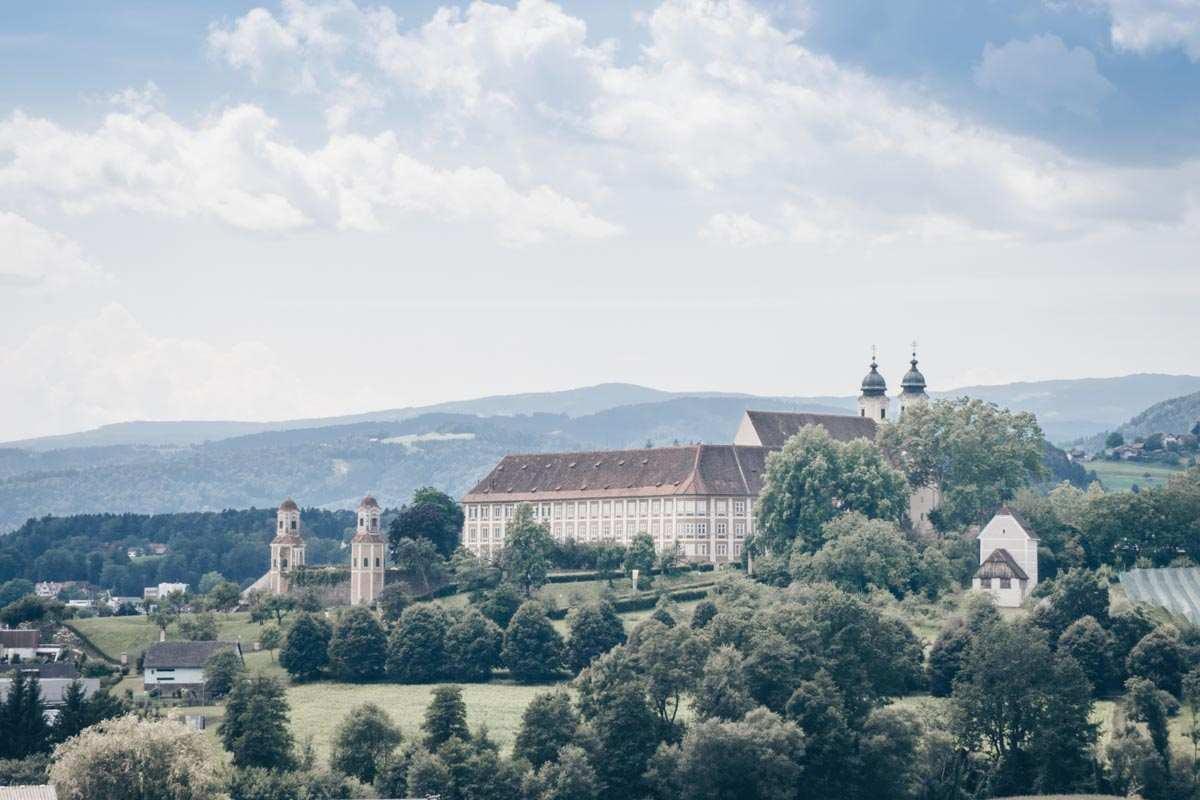 Das Schloss Stainz im Barockstil ist eine der beliebtesten Sehenswürdigkeiten in der Südsteiermark