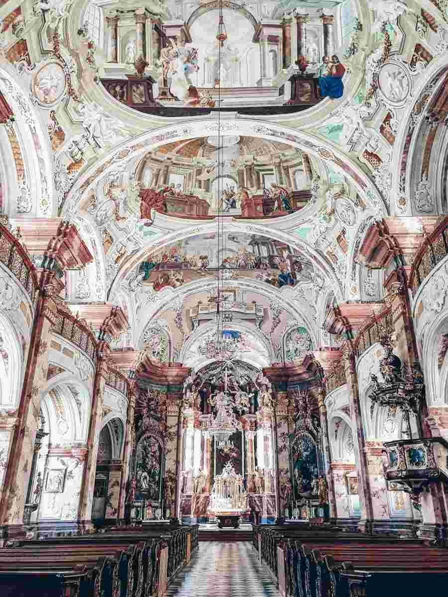 Steiermark Sehenswürdigkeiten: Das spektakulärsten innere der Stift Rein Kirche