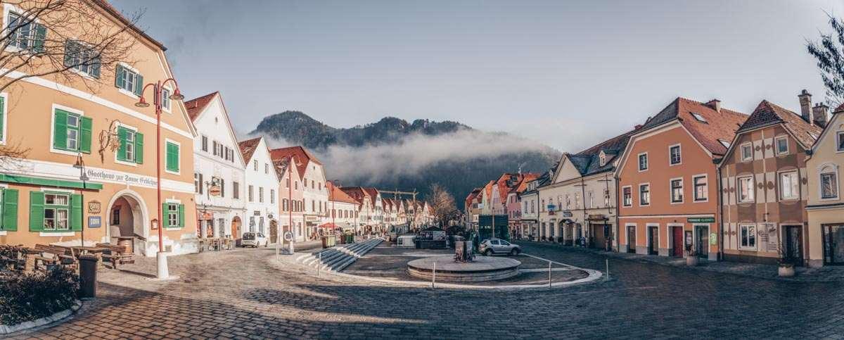 Steiermark Sehenswürdigkeiten: Frohnleiten Hauptplatz. PC: Przemek Iciak/Shutterstock.com