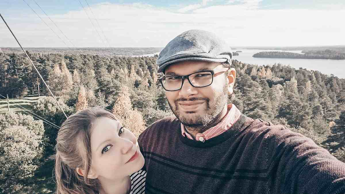 Couple posing for a selfie on Pyynikki observation tower in Tampere