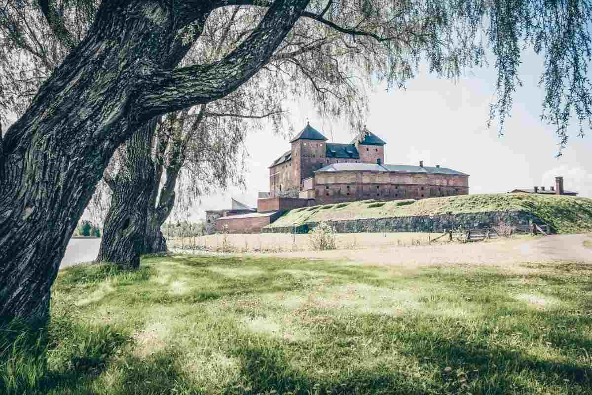 Hämeenlinna: The chunky, twin-towered Häme Castle