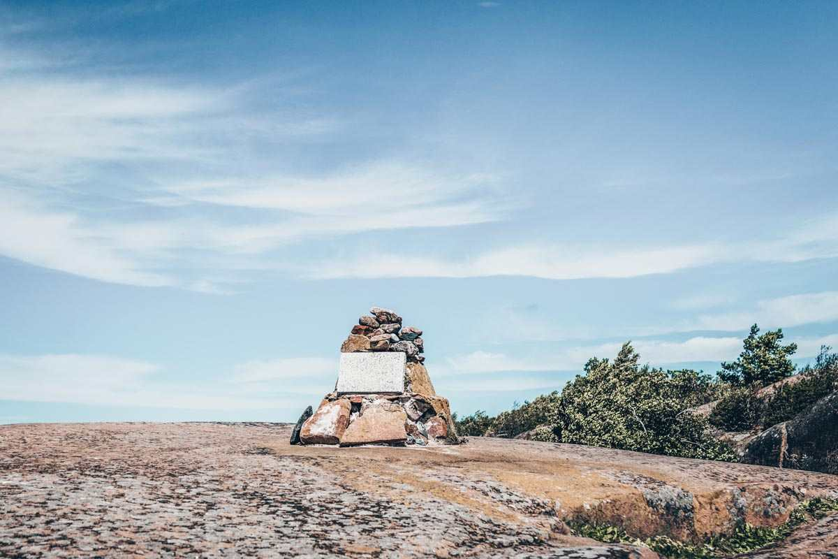 Hanko: Rock monument symbolizing the southernmost point in Finland