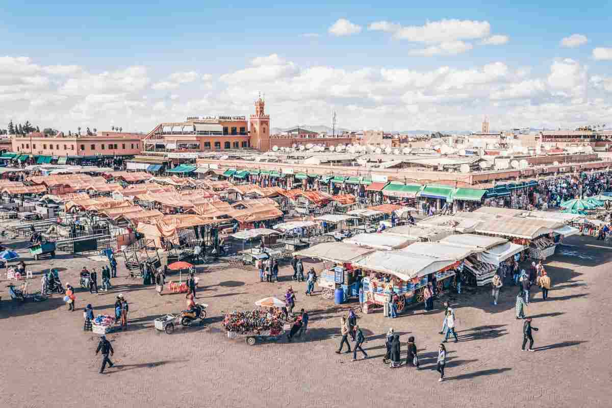 Marrakech: Panorama of the famous Jemaa el Fna square in the afternoon. PC: saiko3p/Shutterstock.com