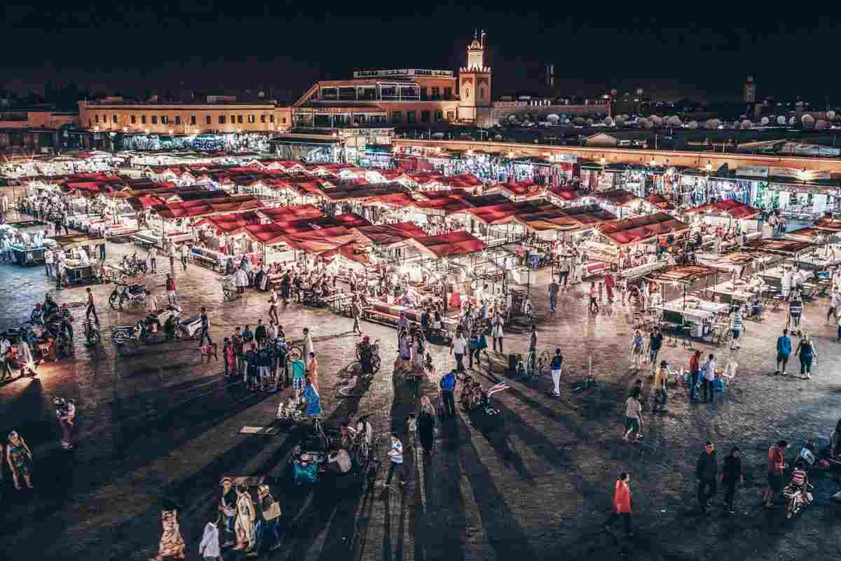 Marrakech: View of the famous Jemaa el Fna at night