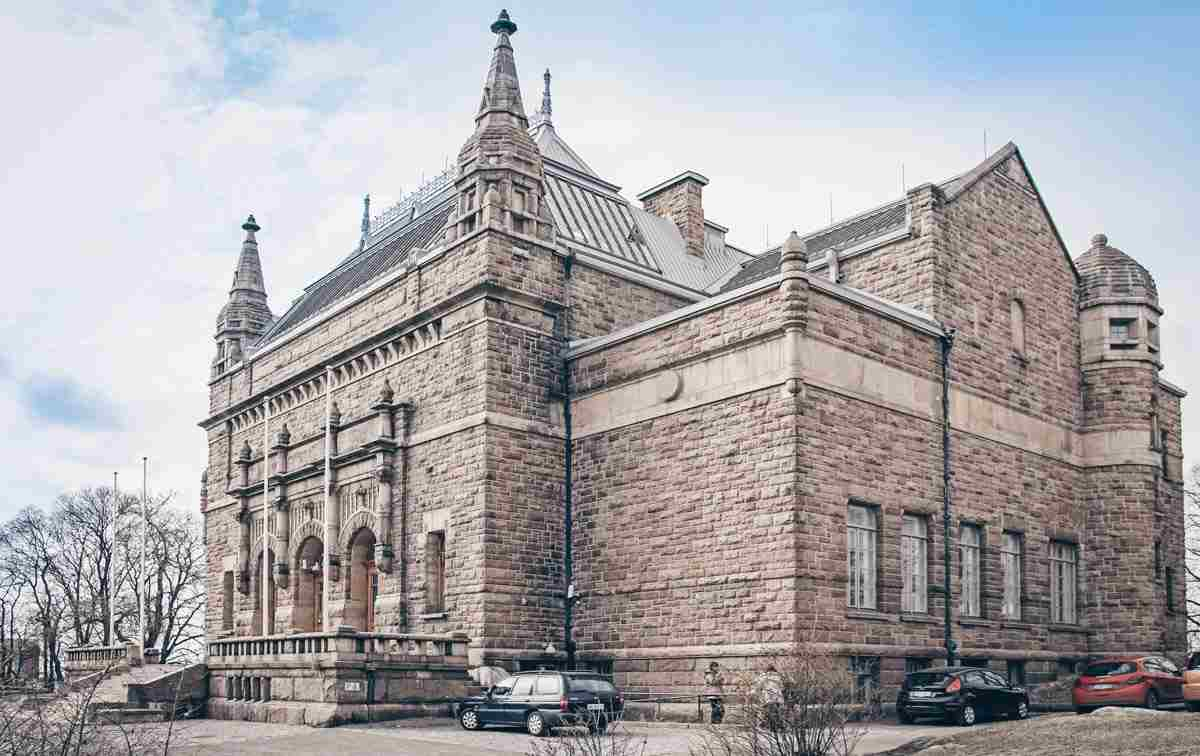 Turku: Beautiful Art Nouveau exterior of the Turku Art Museum. PC: Andrew Babble/Shutterstock.com