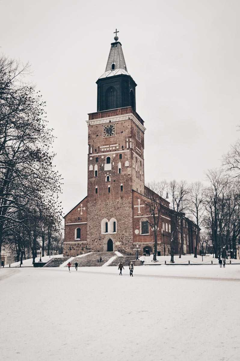 Must-see Turku: View of the soaring Turku Cathedral in the winter